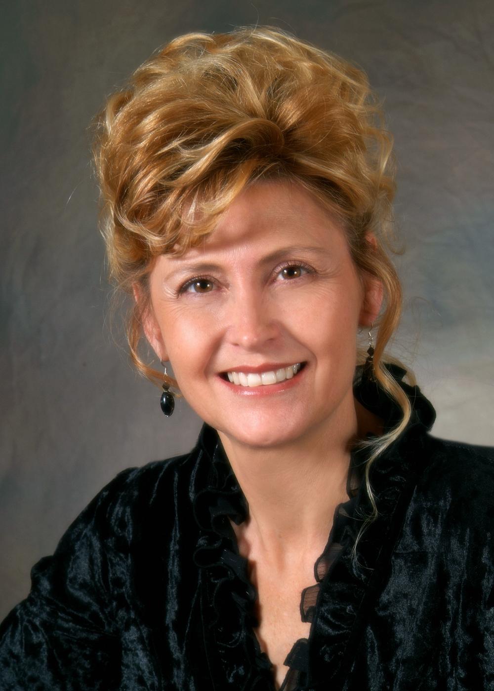 Former State Representative Rhonda King (D)