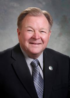 Former State Senator Lee Cotter (R)